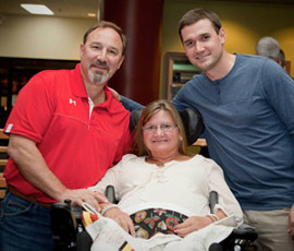 Ryan Zimmerman Ryan with his mom Cheryl, dad Keith and brother Shawn at the 2010